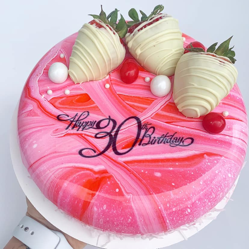 Mousse cake with MARBLE effect and edible PRINT image