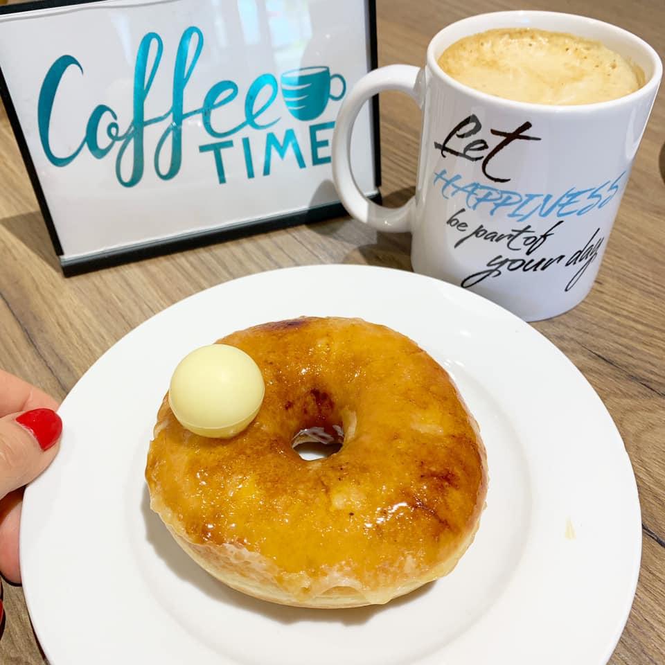 Creme Brule Donut image