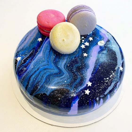 Mousse cake with GALAXY effect image