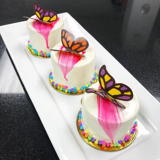 Individual Mousse cake image