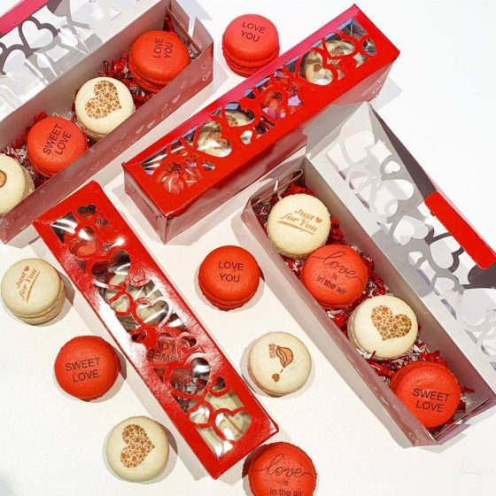 French macarons  image